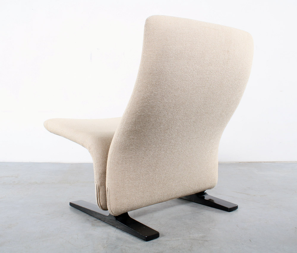 Artifort chair Concorde design Pierre Paulin fauteuil Kwek