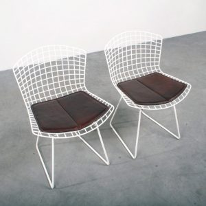 Bertoia side chairs Knoll design stoelen