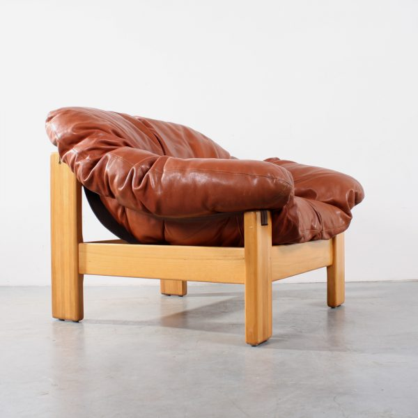 Leolux design fauteuil seventies chair leather