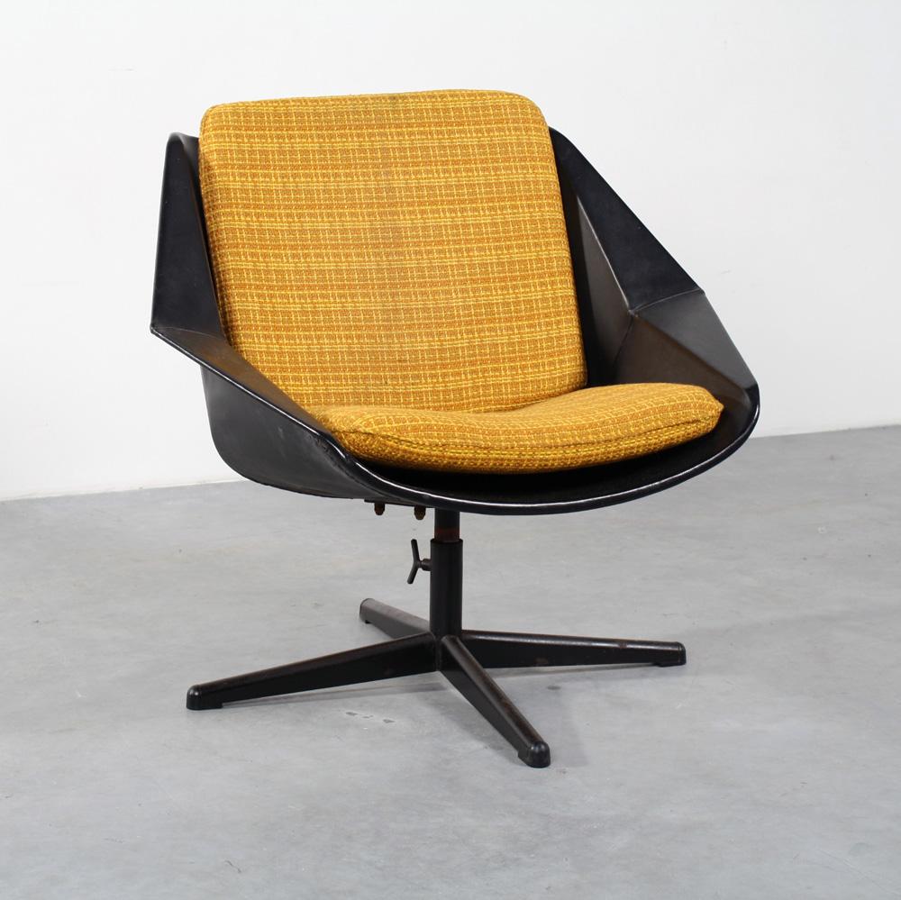 Pastoe design Cees Braakman chair FM08 fauteuil