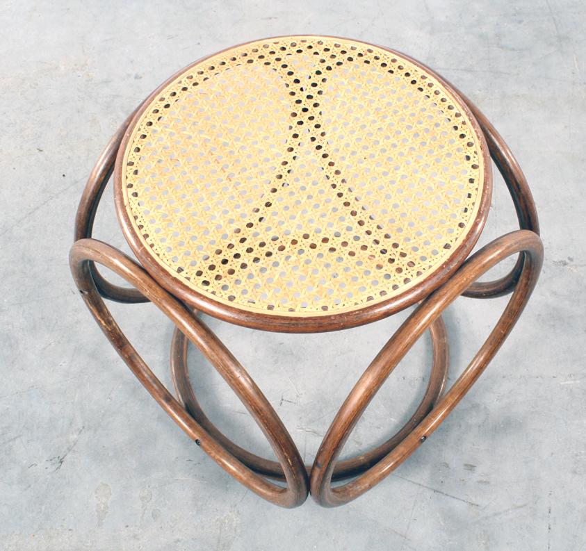 Thonet kruk stool design jaren 40
