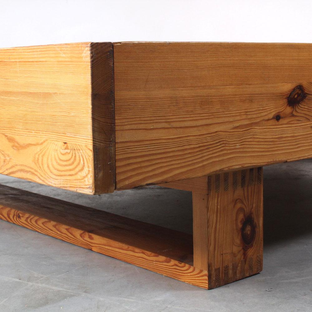 Ate van Apeldoorn design pine bed retro Houtwerk Hattem