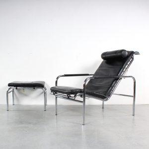 Zanotta lounge chair Genni design Gabriele Mucchi
