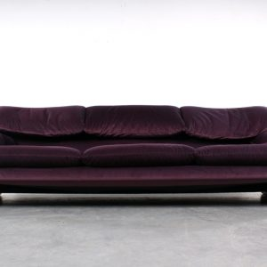 Maralunga sofa design Cassina bank Vico Magistretti