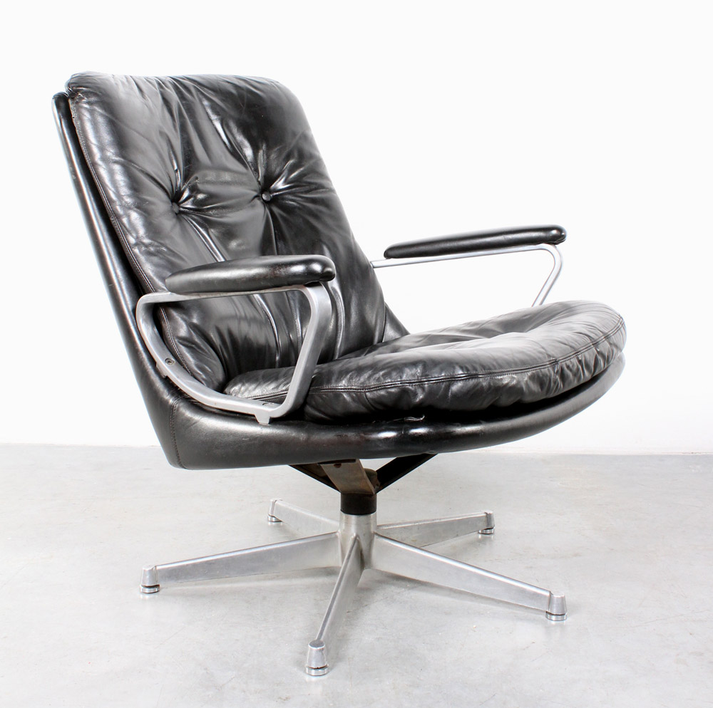 Strassle Gentilina swivel chair fauteuil design Andre Vandenbeuck