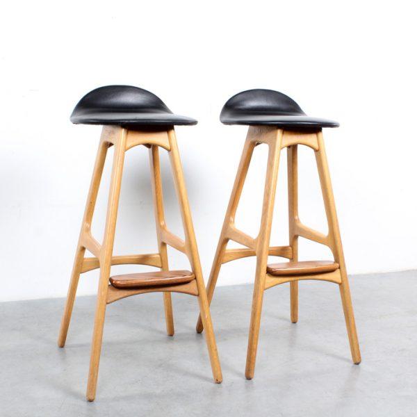 Erik Buch design bar stools oak Buck