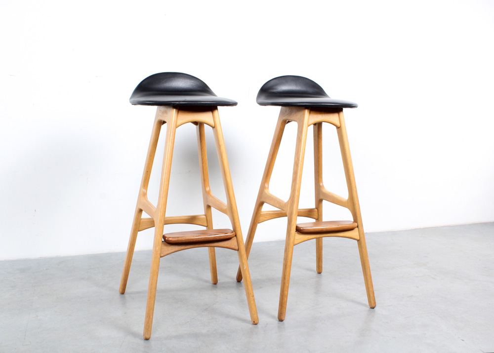 Erik Buch design bar stools oak Buck