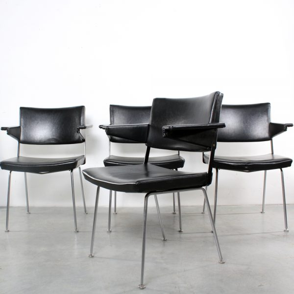 Gispen design chairs Cordemeyer stoelen black