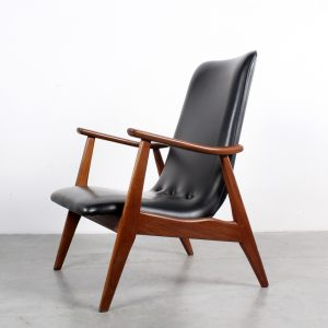 Webe chair design Louis van Teeffelen