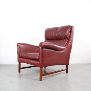 Danish chair design leather Scandiavian