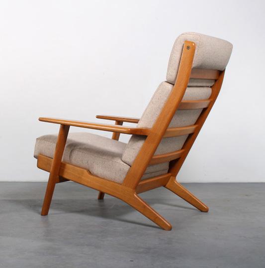 Hans Wegner GE-295 Getama chairdesign fauteuil