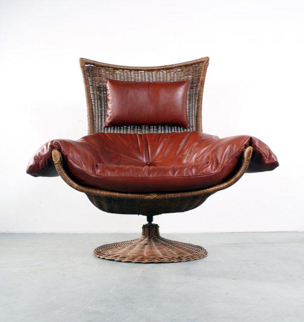 Montis design Gerard van den Berg rattan chair