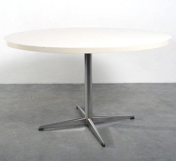 Pastoe tafel design stervoet table