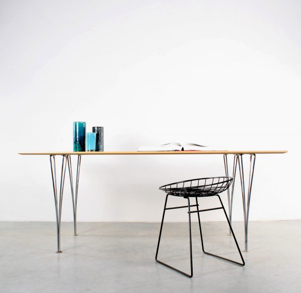 Fritz Hansen table design spanpoot tafel Piet Hein Arne Jacobsen