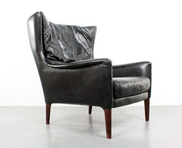 Danish design chair leather Illum Wikkelso fauteuil