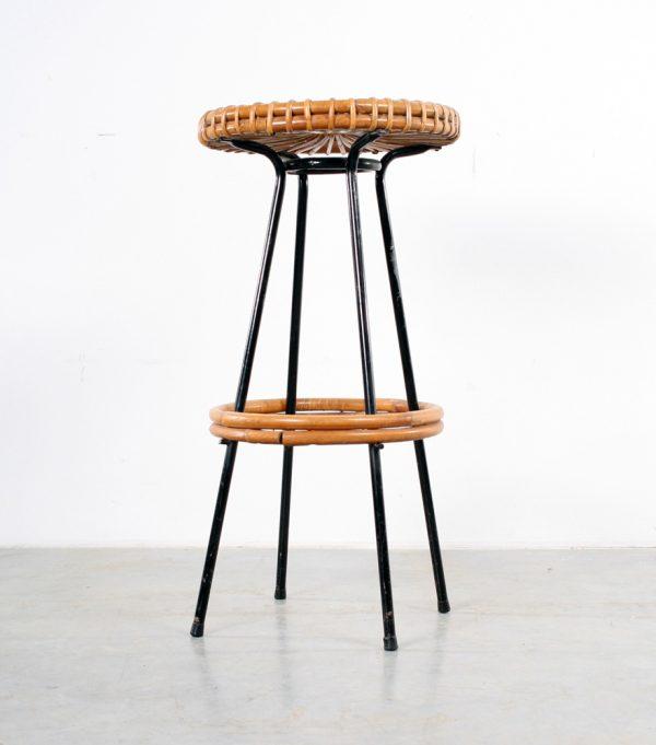 Dirk van Sliedregt stool rattan design Noordwolde rotan kruk