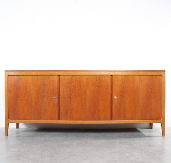 Sideboard design Wilkhahn dressoir Hartmut Lohmeyer credenza