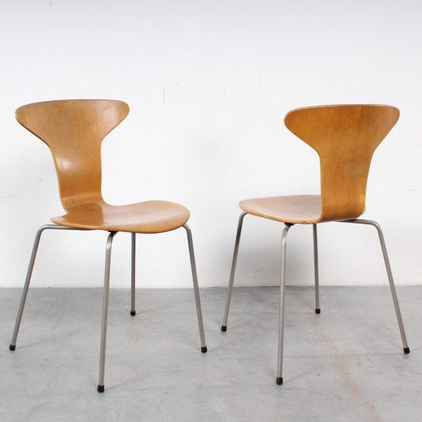 Fritz Hansen Mosquito 3105 Mug chair design Arne Jacobsen