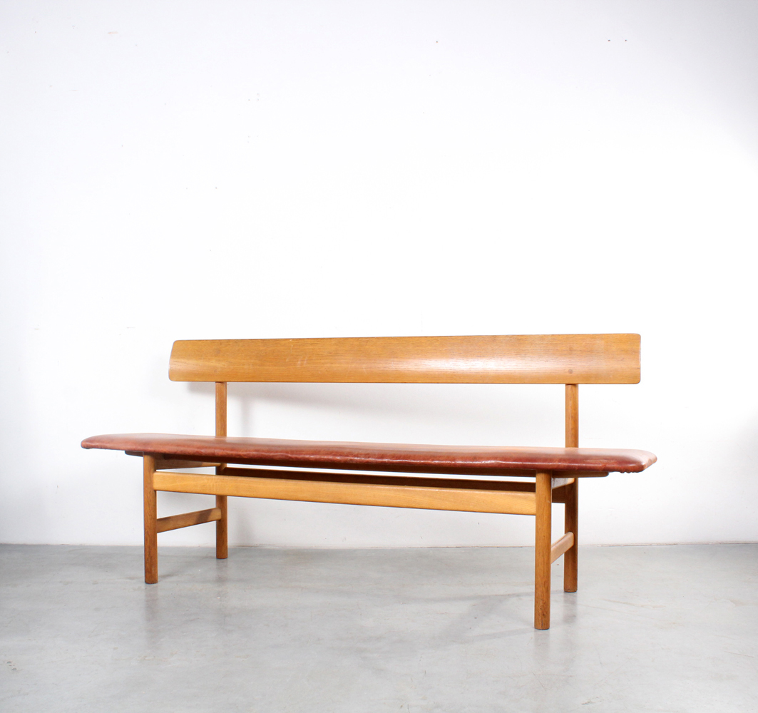 Borge Mogensen bench 3171 Danish design oak leather