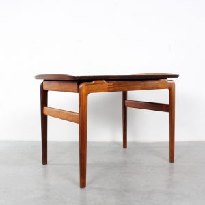 Side table Peter Hvidt rosewood design France and Son salontafel
