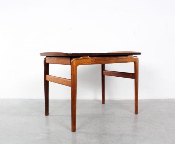 Side table Peter Hvidt rosewood design France and Son salontafel