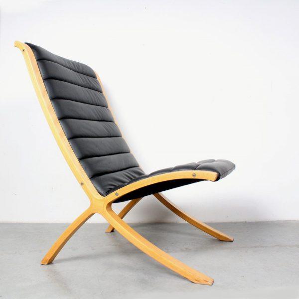 Fritz Hansen AX chair design Hvidt & Mølgaard