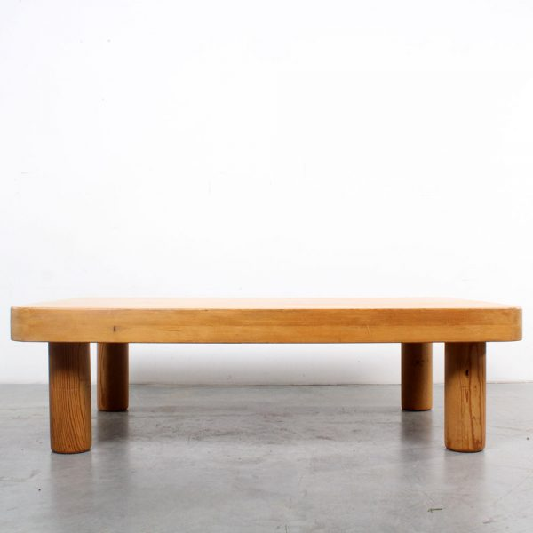 Pine coffee table design