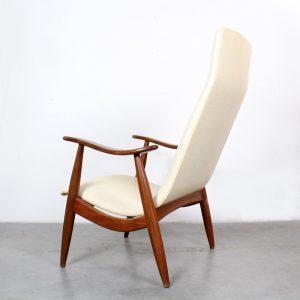 Louis van Teeffelen WeBe chair Dutch design